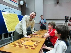 Встреча с учениками детской секции Го в спортивном клубе Ладья